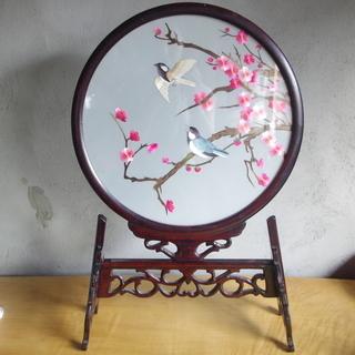 中国アンティーク蘇州刺繍の丸ガラス飾り