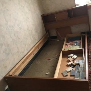 ベッド 千葉県市原市 無料 マッドレス付きです。