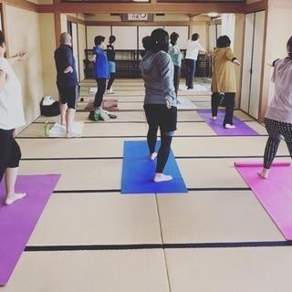 【3月14日】海元寺でヨガ教室