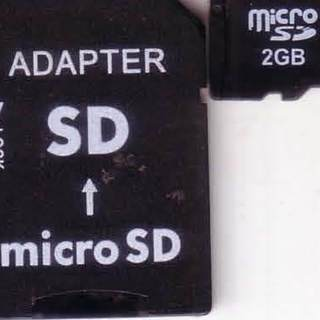 ノーブランド マイクロSD 2G アダプター付属で2個