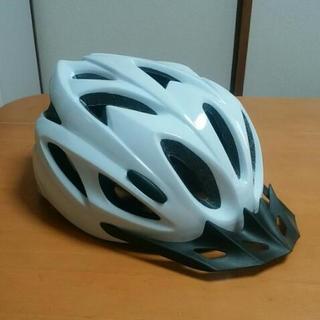 GIANT 自転車用ヘルメット 新品 M/L