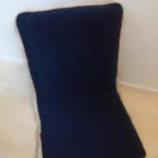 【値下げ】⭐座椅子⭐ネイビー