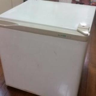 取引中 小型冷凍庫