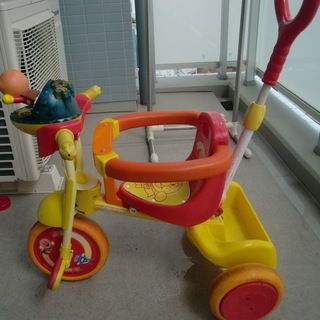 中古 アンパンマン 三輪車 簡易清掃済 稼働品