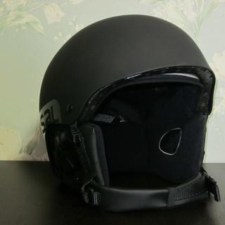 SALOMON BRIGADEスノーヘルメット