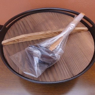 3c230 鉄鍋 お玉付 新古品 引取限定