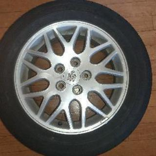 215/55R16 93V ホイル付き