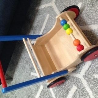 ボーネルンドの手押し車(バヨ社木製ベビーウォーカー)お譲りします。