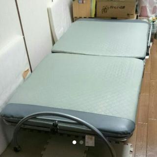 ●値下げ●折り畳み式ベッド