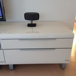 ホワイトAVボード(ピアノ風塗装) - 家具