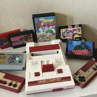 レトロ◆任天堂ファミコンゲーム機本体(1983年製)とゲームソフト6点
