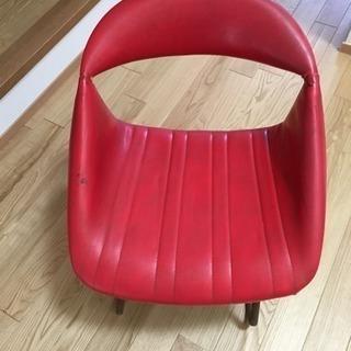 赤色の1人掛けレトロなソファ 訳あり家具