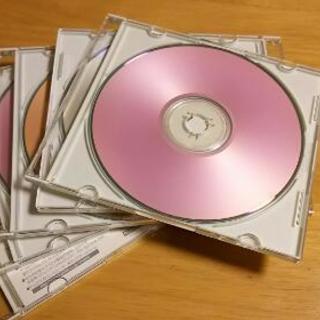 値下げしました!5枚セット。FUJIフィルム社製の記録用CD-R700MB 新品 未使用の画像