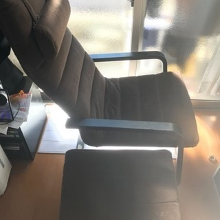 IKEA ウッドソファー、フットレスト付