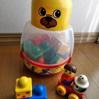1つ100円!おもちゃ ブロック おくるみ ポンチョ