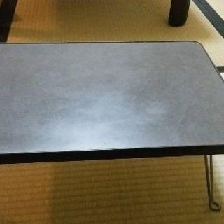 テーブルお譲りします。