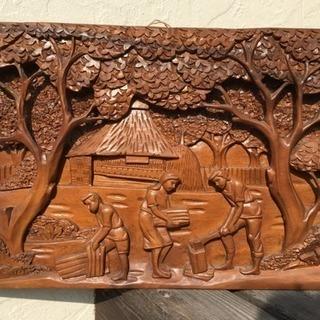 海外みやげの壁飾り(インドネシア辺り)