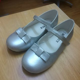 女児 靴20cm