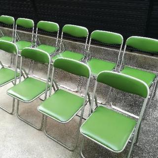 パイプ椅子10脚