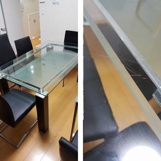 【東京 無料】 ガラステーブル×2、イス7脚、木製ラック、…