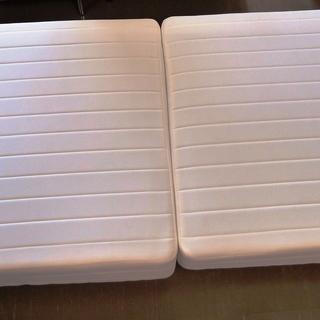 シングル向け2ピースベッドマット ホワイト