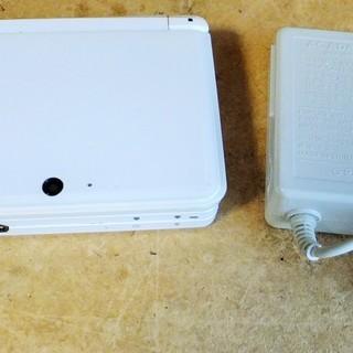 任天堂 NINTENDO 3DS CTR-001 本体 ホワイト...