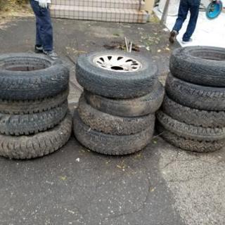 廃タイヤ12本