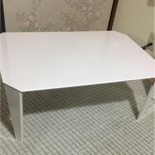 白 ホワイト 折り畳みテーブル ※11/25以降の引取り