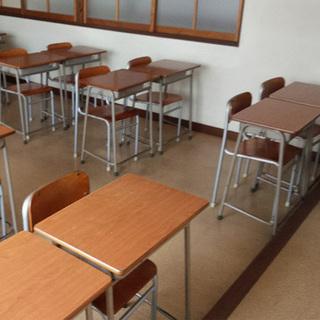《姫路》(塾)CHITOSE学習机+椅子付き(複数台数あり)