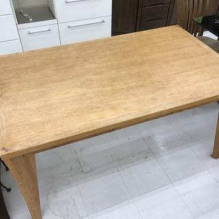 取りに来て頂ける方限定!朝日木材加工のダイニングテーブルのご紹介です!