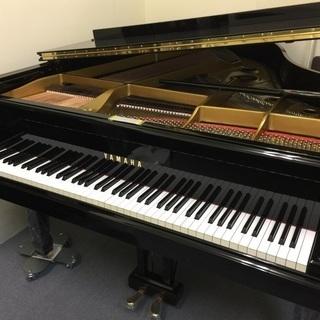 調律師の再生済みグランドピアノ ヤマハ C3B 1971年製造