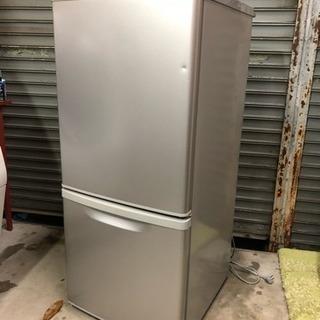 2010年製Panasonic2ドア冷蔵庫138Lシルバー