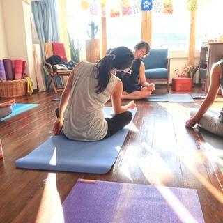 【運動する方におすすめ】柔軟性を効率よく高めるヨガ @原宿のセミプ...
