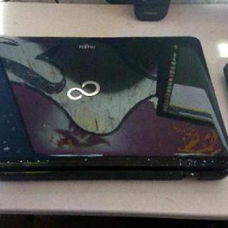 「故障品」Fujitsu LifeBookノートパソコン