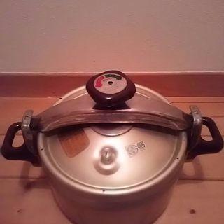 理研圧力鍋 ビタクラフト鍋