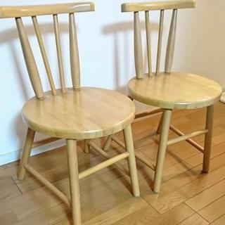 木製  椅子 (二脚)
