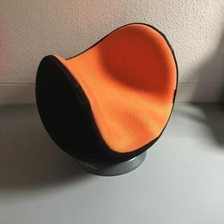 クビレディ オレンジ色