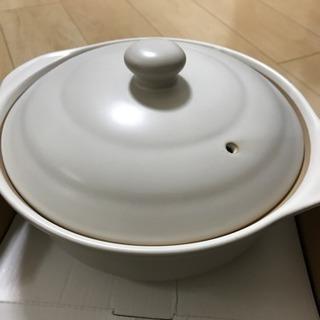真っ白の土鍋