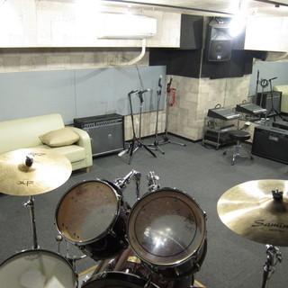 レンタル音楽スタジオ・防音室 楽器やコーラス、バンドの練習などに