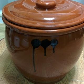 漬物用の壺(大きいです)室内用トマトプランター