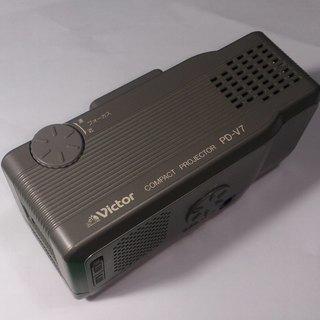 小型液晶プロジェクター60型