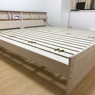 ニトリ  スノコ  ベッド (シングル)