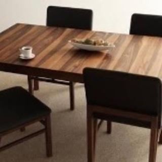 幅150-180cm、簡単伸縮が出来るテーブル、座面が広めのカフェ...