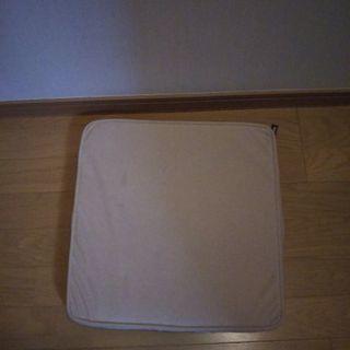 ニトリ椅子用座布団