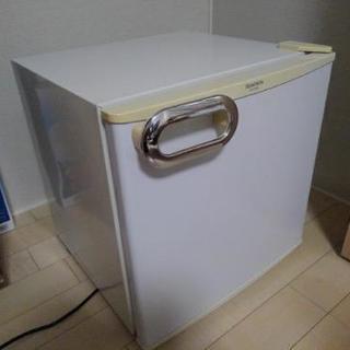 小型冷蔵庫 MORITA MR-D05BB