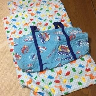保育園のお昼寝布団