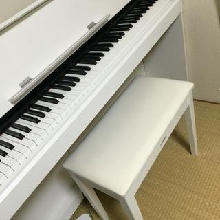 ヤマハ  ARIUS 電子ピアノ ホワイト 椅子付き