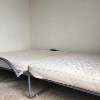 折りたたみ低反発シングルベッド