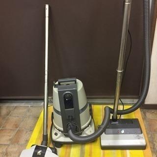 水フィルター多機能掃除機  業務用の掃除機です!