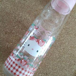 キティちゃんの麦茶ポット